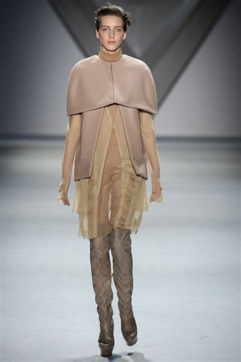 New York Fashion Week Runway Report Vera Wang by Review And Pictures Of Vera Wang S 2012 Fall New York
