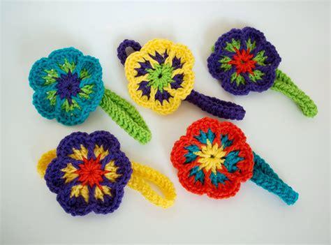 crochet flower pattern easy free 25 crochet flower patterns floral fixation