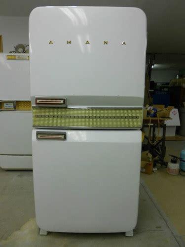 retro kitchen appliance store 38 best fridges images on pinterest vintage kitchen refrigerators and retro refrigerator