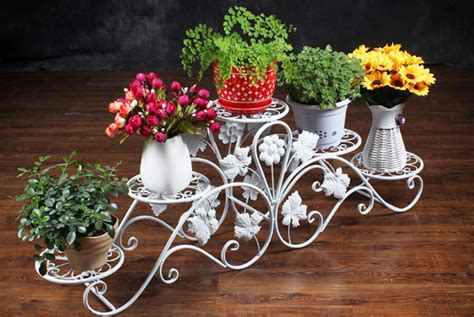 Rak Dari Besi gambar rak bunga besi minimalis desain rumah unik