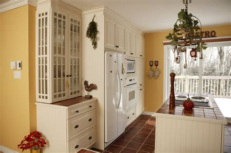 Cottage Style Kitchen Cabinets by The Top 3 Kitchen Styles For Your Homes