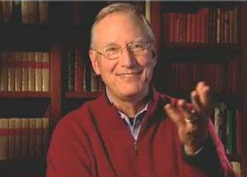 the little big things 163 ways to pursue excellence the little big things video series tom peters