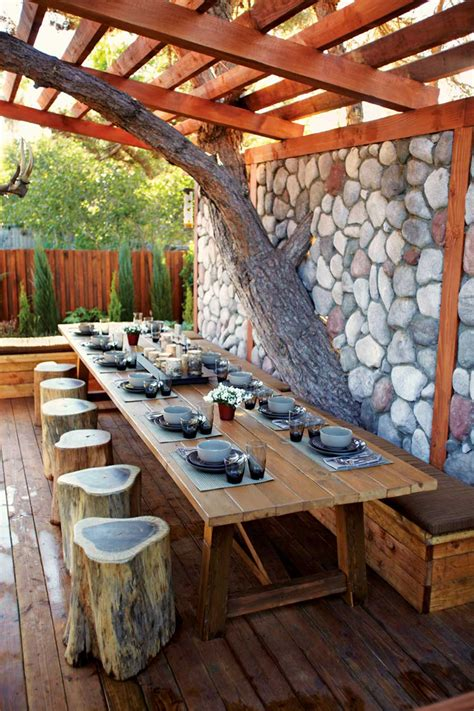 Outdoor Patio Dining by Backyard Dining Room
