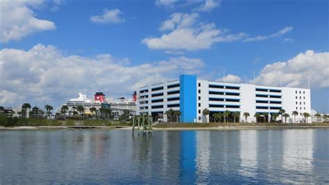 comfort inn cocoa beach park and cruise comfort inn and suites cocoa beach fly snooze and cruise