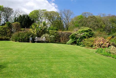 jura house walled garden image gallery isle  jura info