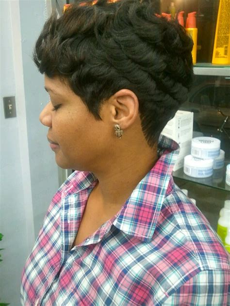 razor chic short hairstyles 20 best images about razor chic on pinterest wavy curls