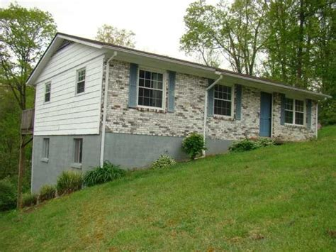 houses for sale in oak hill wv oak hill west virginia reo homes foreclosures in oak hill west virginia search for