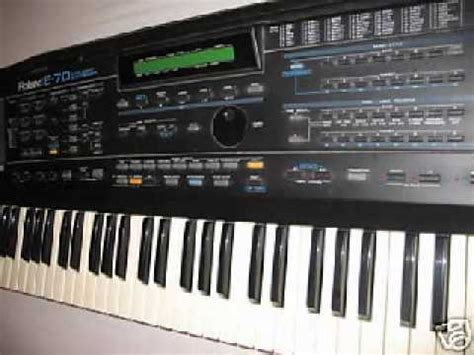 Keyboard Roland E70 roland e 70 demo song nr 1 to the moon demo