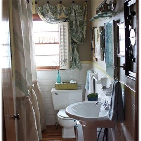 how to decorate a guest bathroom how to decorate your guest bathroom before and after