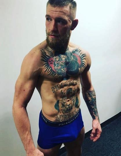 mcgregor tattoo arm αγνώριστος ο conor mcgregor δείτε τον με ξυρισμένο μούσι
