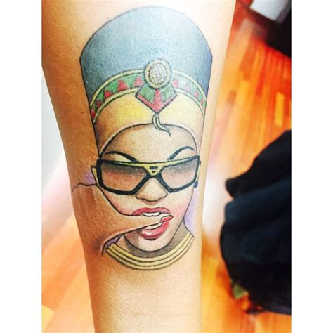 tattoo egyptian queen the 25 best ideas about nefertiti tattoo on pinterest