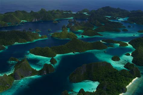 Raja Ampat Islands : The Best Diving Place In The World