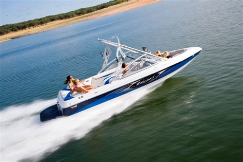 wake boat technology research tige boats 21i ski and wakeboard boat on iboats