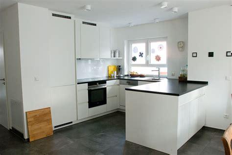 rempp küche wohnzimmer wei 223 gr 252 n