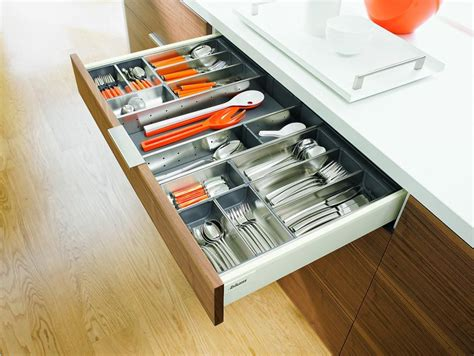 Blum Drawer Inserts by Choosing Kitchen Drawer Inserts