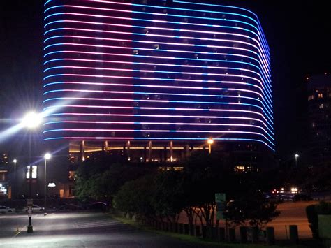 omni hotel downtown 301 moved permanently