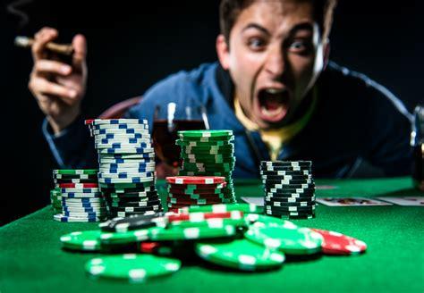 espana vuelve  europa en el poker  jugar  cabeza