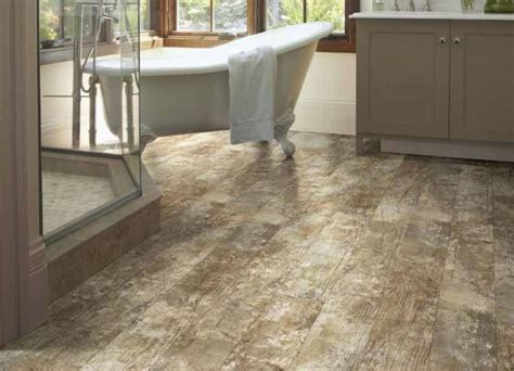 the benefits of installing a vinyl plank floor style flooring