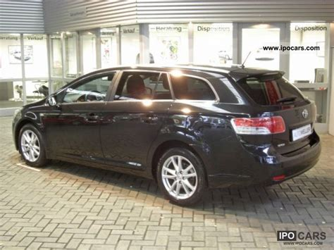 Toyota Avensis Estate Automatic 2011 Toyota Avensis 2 2 D 4d Combi Edition Automatic