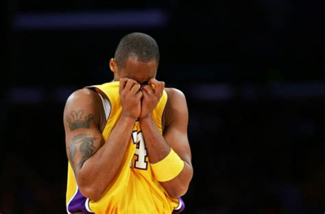 kobe bryant's life is falling apart right now | drjays.com