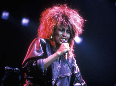 famous female rock stars of the 90 s the top female singers of 80s rock