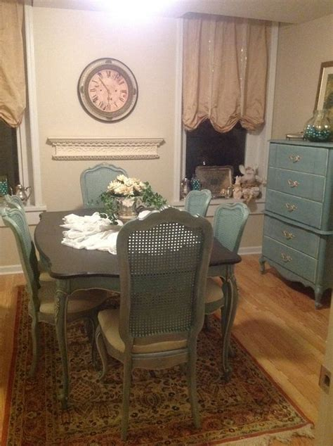 Thomasville Dining Room Table And Chairs Thomasville Blue Painted Dining Room Table And Back Chairs Furniture Dining