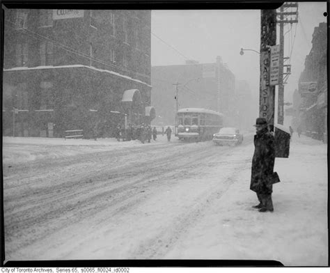 100 great street photographs 3791383132 what winter looked like in toronto 100 years ago