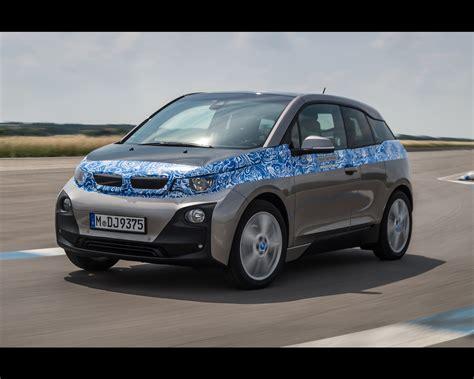 bmw i3 electric car range extended to 195 motoring 2013 bmw i3 premium electric sedan with optional range