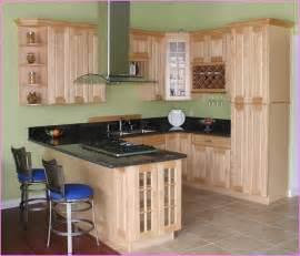 Kitchen Ideas Cherry Cabinets Maple Shaker Style Kitchen Cabinets Home Design Ideas