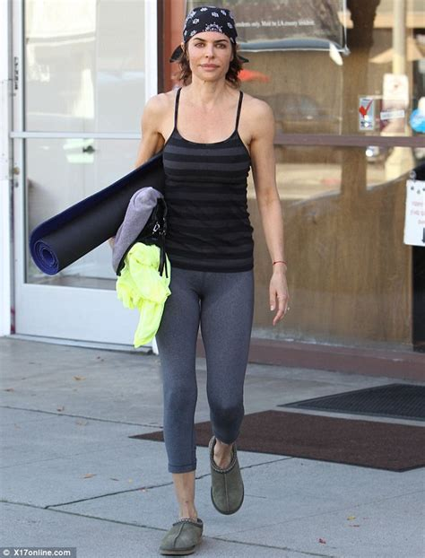 how does lisa rinna stay skinny lisa rinna feel free to hate me because i m a size zero