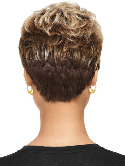 cutting back of halle berry wig wigs short razor cut halle berry hairstyle for black women
