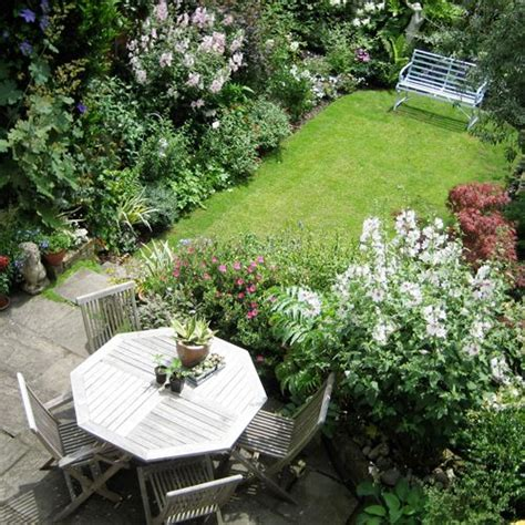 1000 ideas about small garden design on small