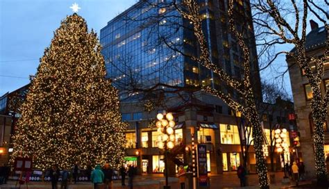 when was the first faneuil hall christmas tree thanksgiving in boston 2017 things to do in november more