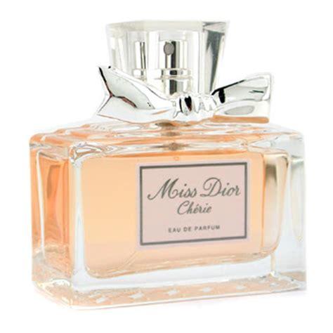 Parfum Miss Cherie in the june 2011