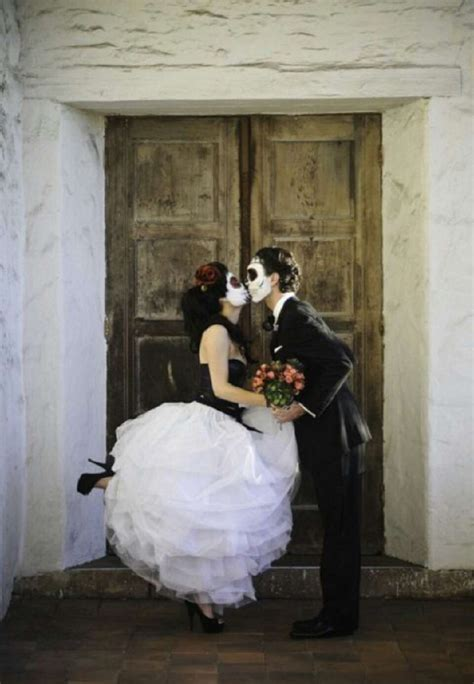 everything you need for a sugar skull themed wedding by leaisabella bates musely