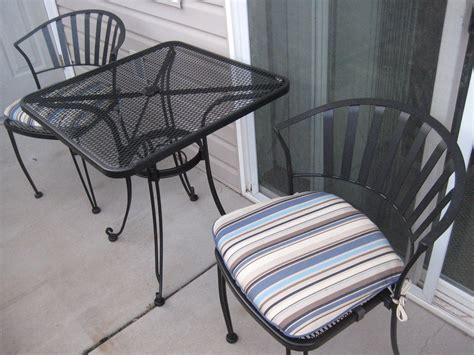 Furniture Stunning Lowes Folding Chairs For Inspiring Lowes Patio Table And Chairs