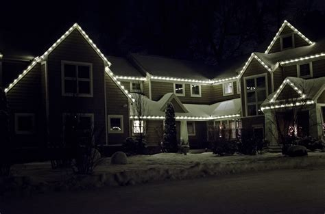 hire someone to put up lights when to put out lights decoratingspecial com