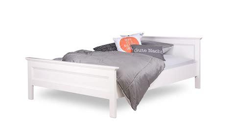 gründerzeit bett schlafzimmer braun