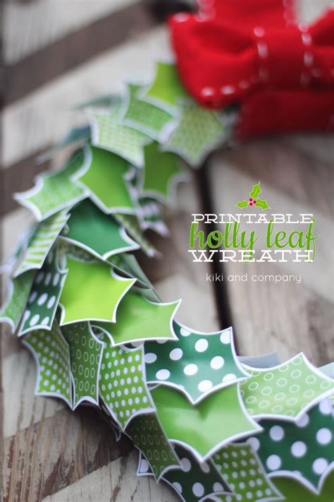printable paper holly wreath diy paper holly leaf wreath tutorial with free printable