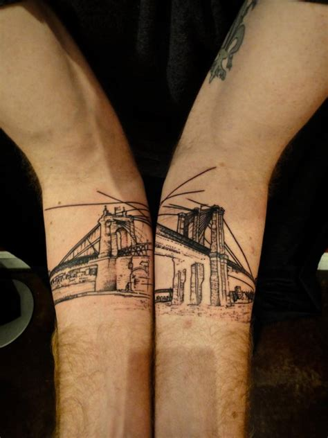 xoil tattoo london arquitetura tatuada choque na gengiva