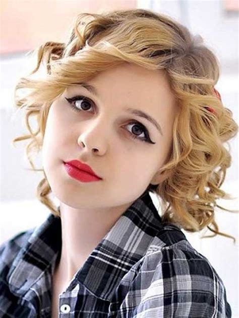 nice hairstyles for round face best curly short hairstyles for round faces short
