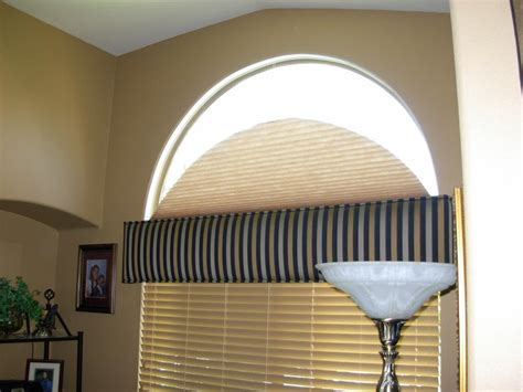 Fan Shades For Arched Windows Designs Classic And Original Arch Window Blinds Window Treatments Design Ideas