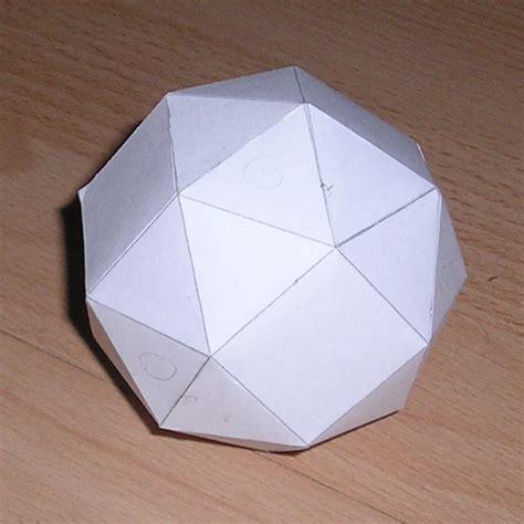 Paper Cubes - paper snub cube