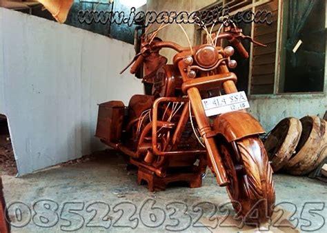 Souvenir Replika Liberty Besi Kokoh Dari Amerika replika motor harley jati murah ukir mebel jepara