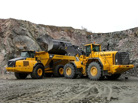 volvo l350f photos photogallery with 12 pics carsbase