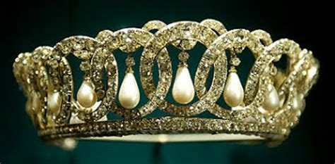 the royal order of sartorial splendor: readers' top 15
