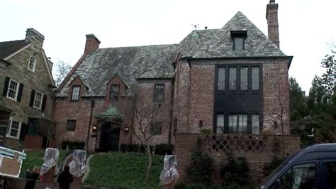 obama home obamas buy dc rental house for millions