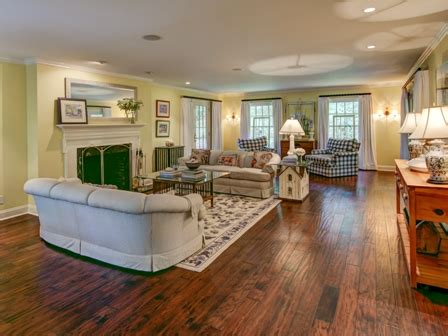 the living room east hton 3 twin pines road sea pines hilton head island home for