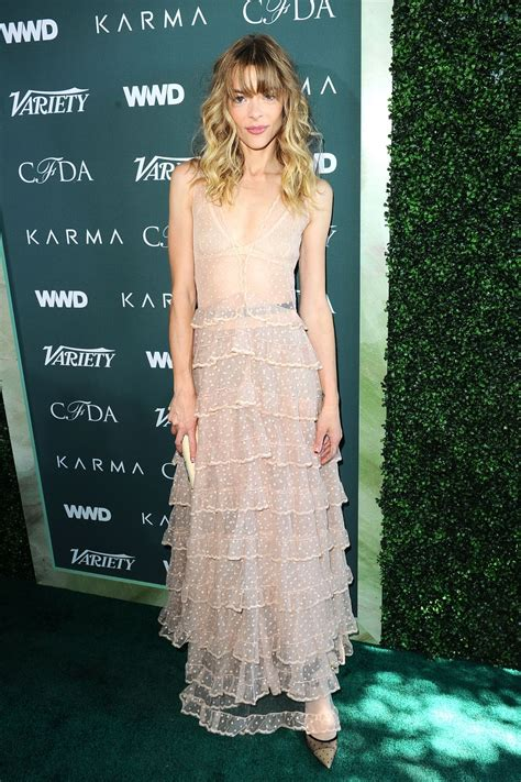 Catwalk To Carpet by Jaime King Variety Wwd And Cfda S Runway To Carpet