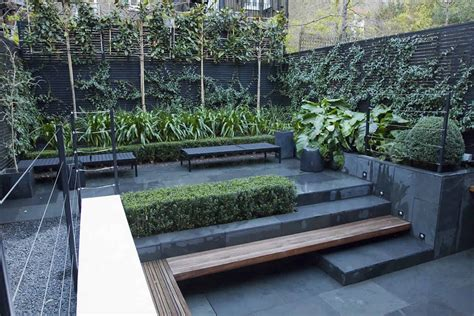 small city garden design in kensington designed by